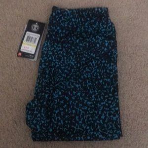 Women's UA crop leggings